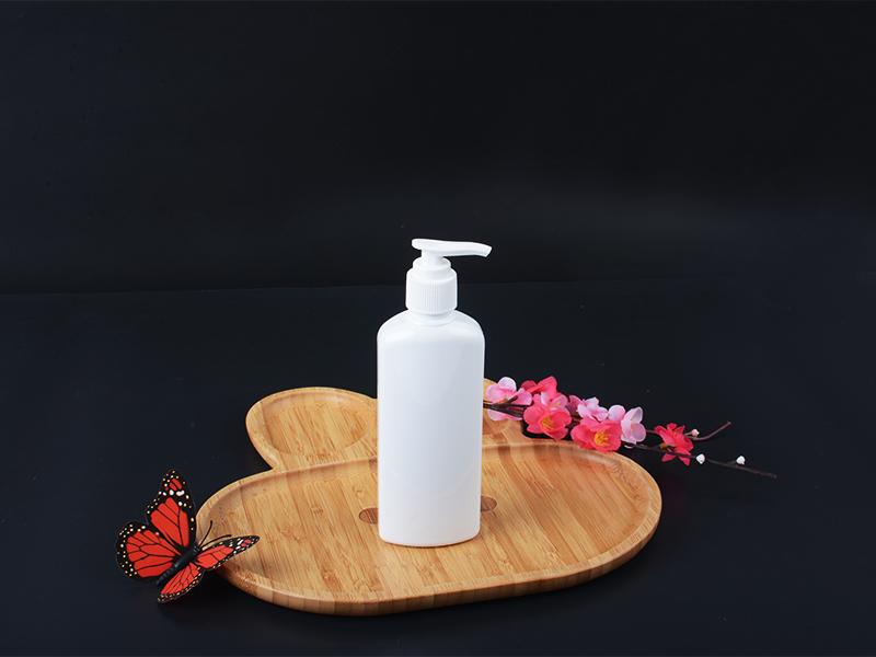 200mlPlastic lotion bottle