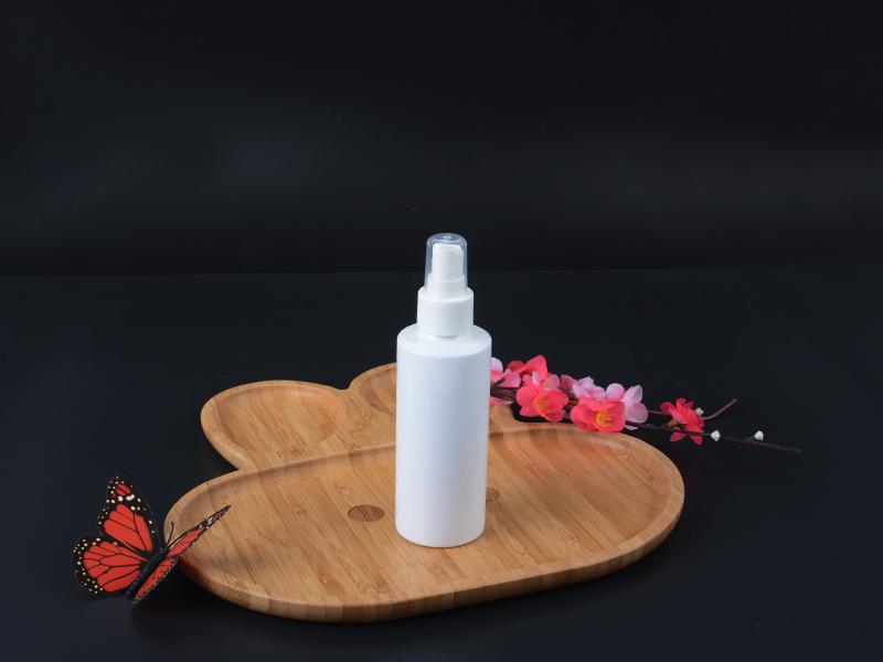 150ml Plastic spray bottle