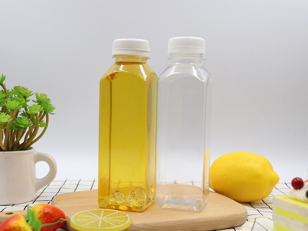 Square bottle full of juice 38-380ml